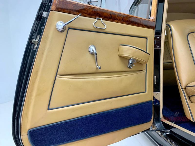 1953 Rolls-Royce Silver Dawn 28
