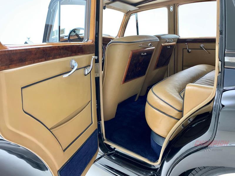 1953 Rolls-Royce Silver Dawn 39