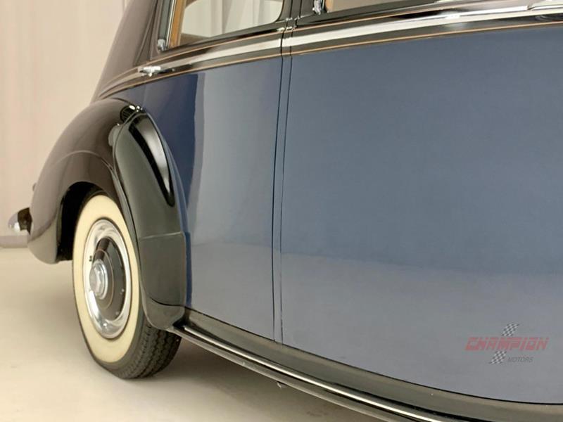 1953 Rolls-Royce Silver Dawn 58
