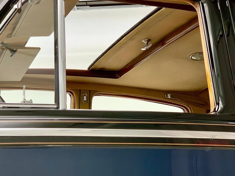 1953 Rolls-Royce Silver Dawn 54