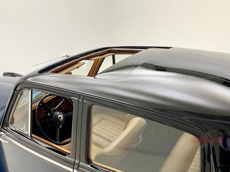 1953 Rolls-Royce Silver Dawn 53