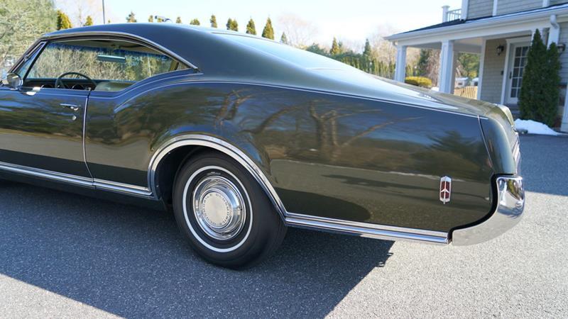 1968 Oldsmobile Delta Eighty-Eight 31