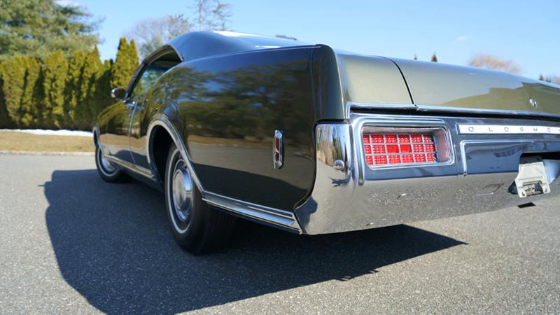 1968 Oldsmobile Delta Eighty-Eight 30