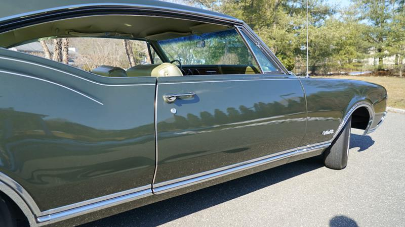 1968 Oldsmobile Delta Eighty-Eight 29