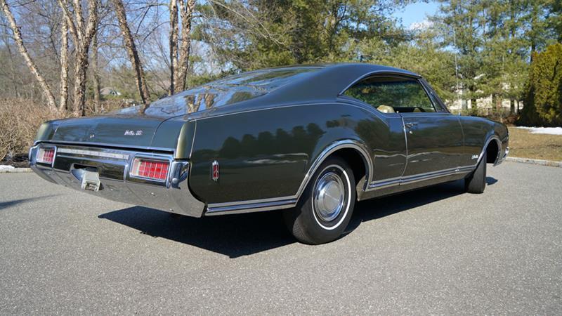 1968 Oldsmobile Delta Eighty-Eight 17