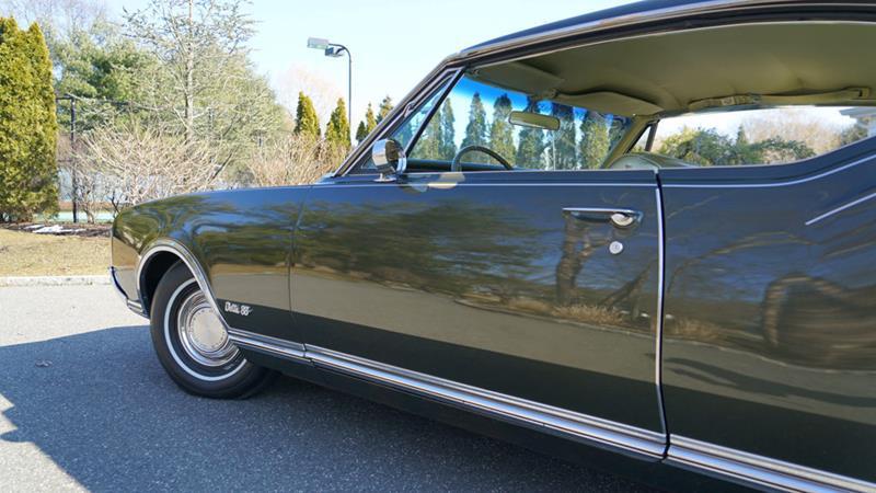 1968 Oldsmobile Delta Eighty-Eight 34