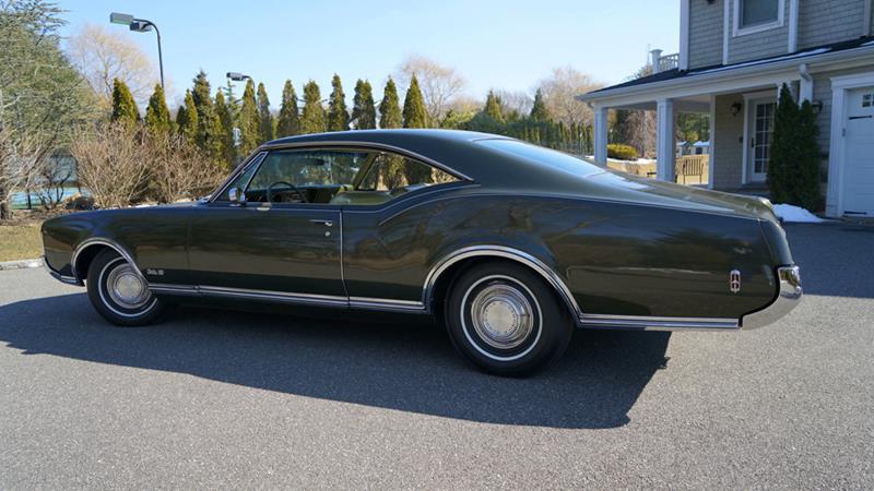 1968 Oldsmobile Delta Eighty-Eight 11