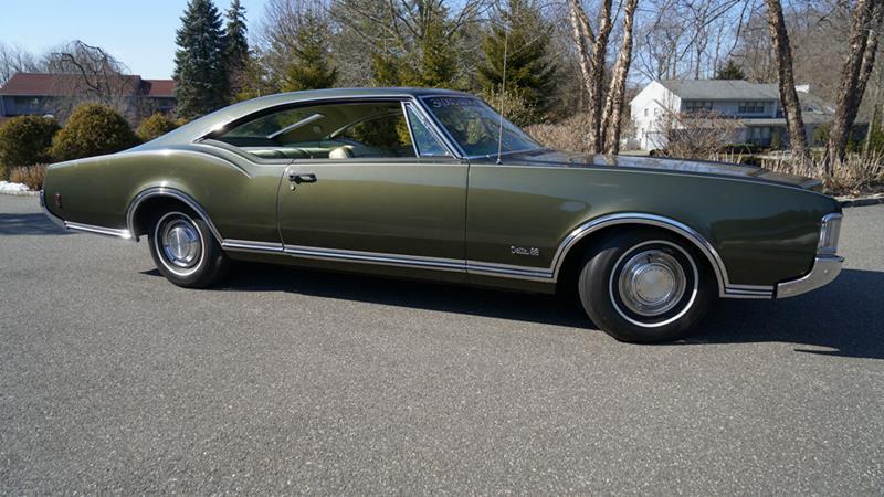 1968 Oldsmobile Delta Eighty-Eight 21