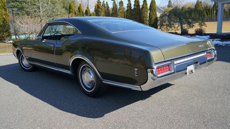 1968 Oldsmobile Delta Eighty-Eight 12