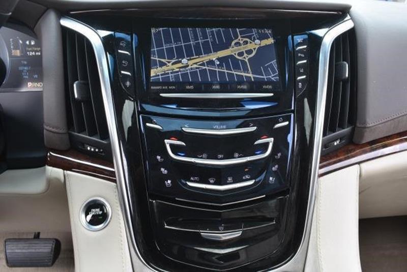 2015 Cadillac Escalade 5