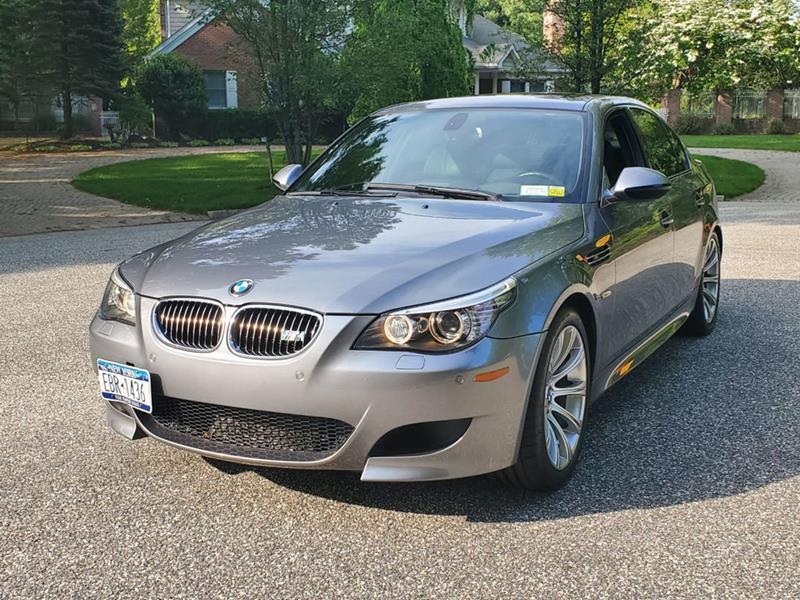 2010 BMW M5 11