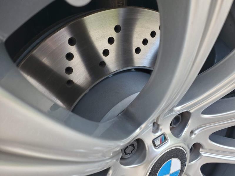 2010 BMW M5 71