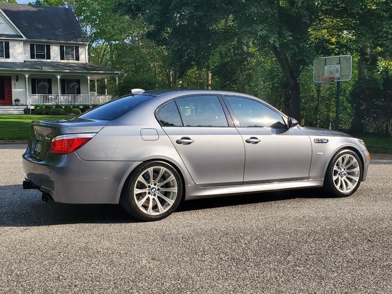 2010 BMW M5 3