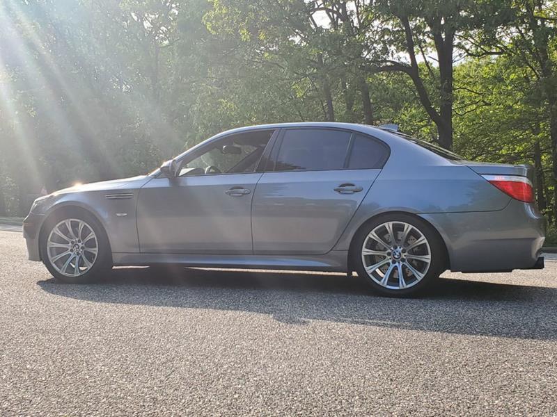 2010 BMW M5 7