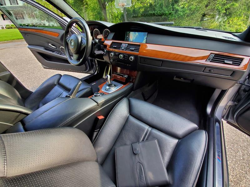 2010 BMW M5 47