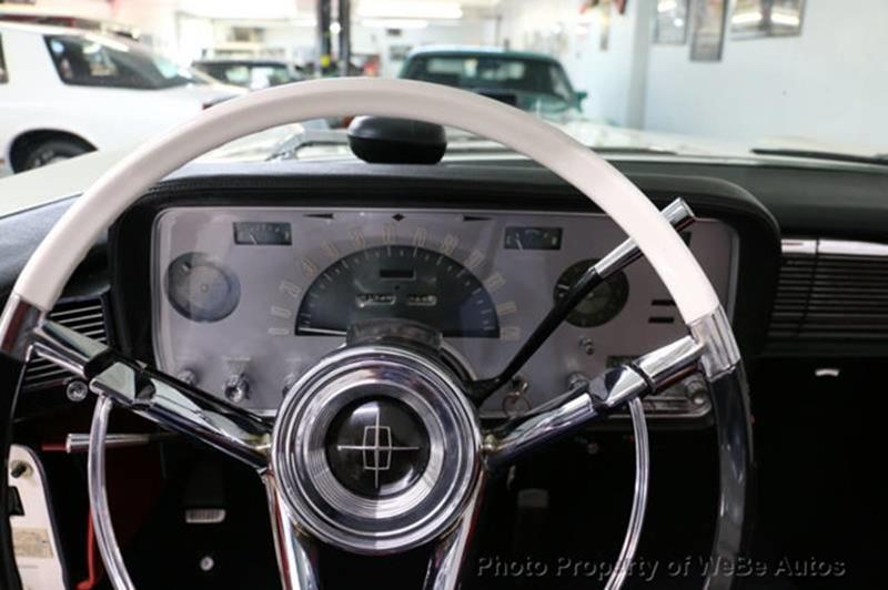 1958 Lincoln Continental 22
