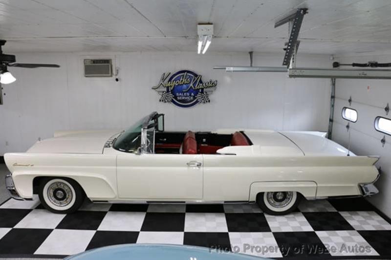 1958 Lincoln Continental 14