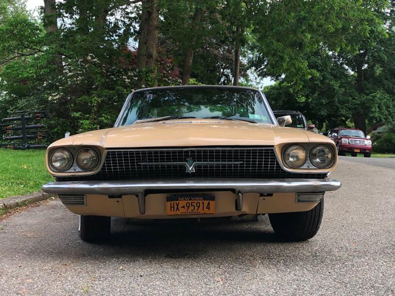 1966 Ford Thunderbird 8