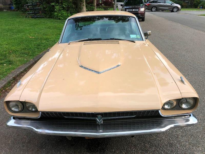 1966 Ford Thunderbird 9
