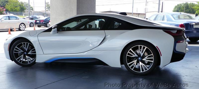 2016 BMW i8 7