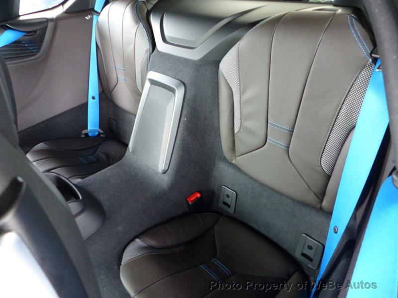 2016 BMW i8 28