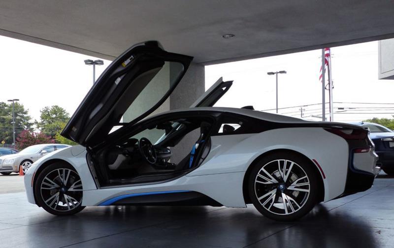 2016 BMW i8 10