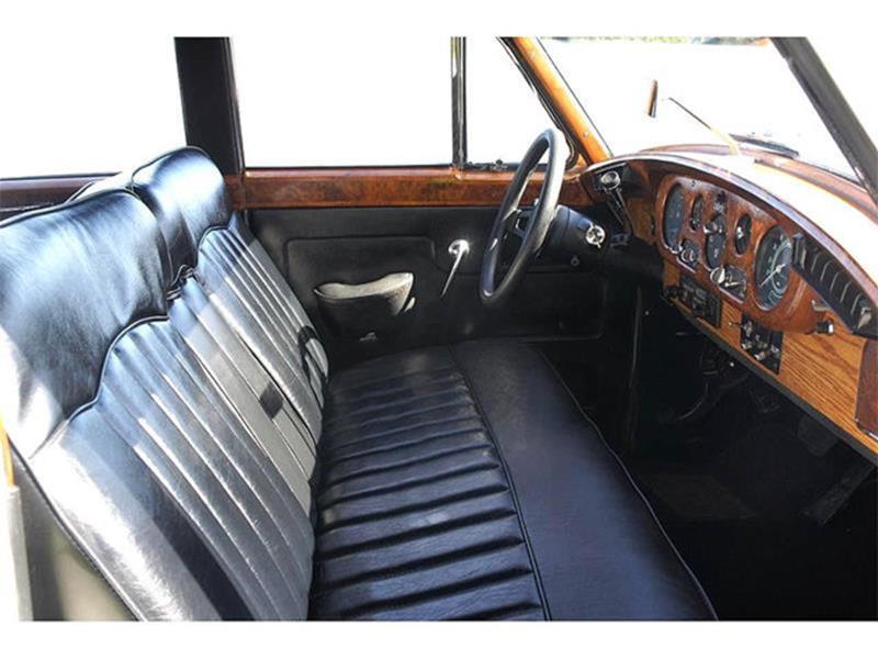 1961 Rolls-Royce SILVER CLOUD II LIMOUSINE 12