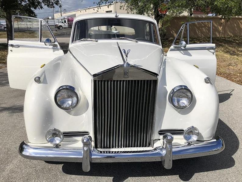 1961 Rolls-Royce SILVER CLOUD II LIMOUSINE 29