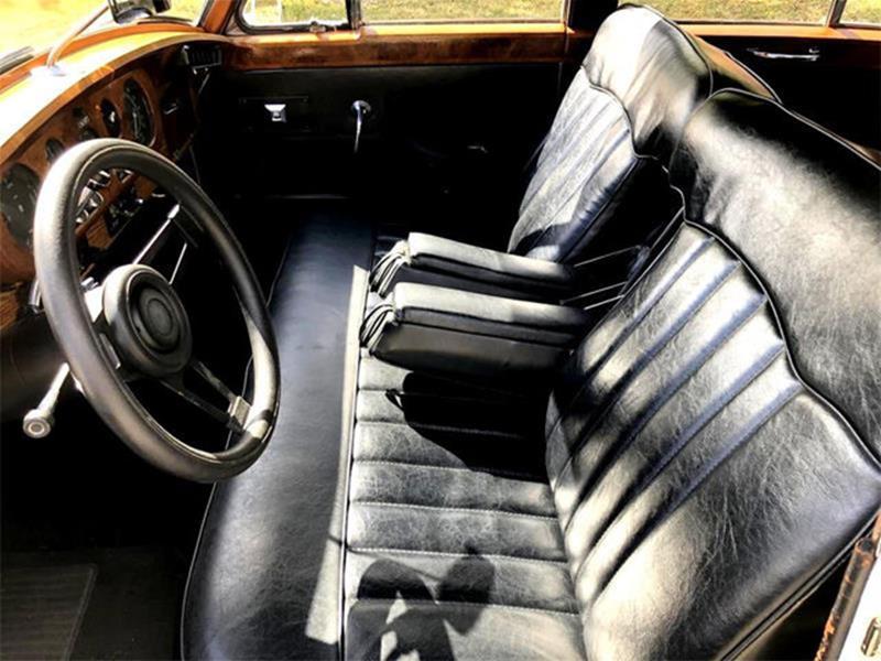 1961 Rolls-Royce SILVER CLOUD II LIMOUSINE 18