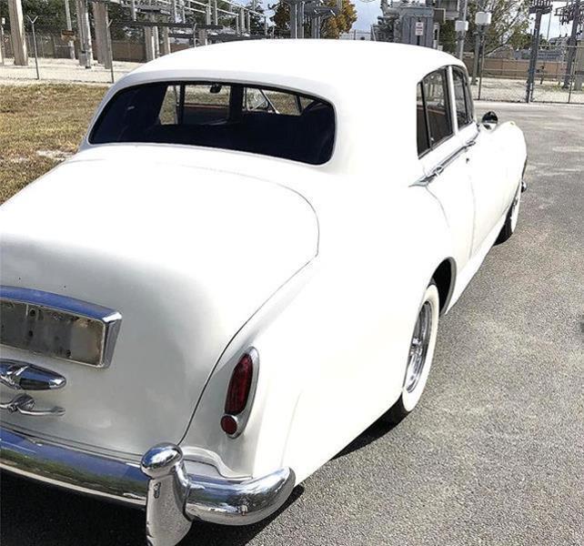 1961 Rolls-Royce SILVER CLOUD II LIMOUSINE 8