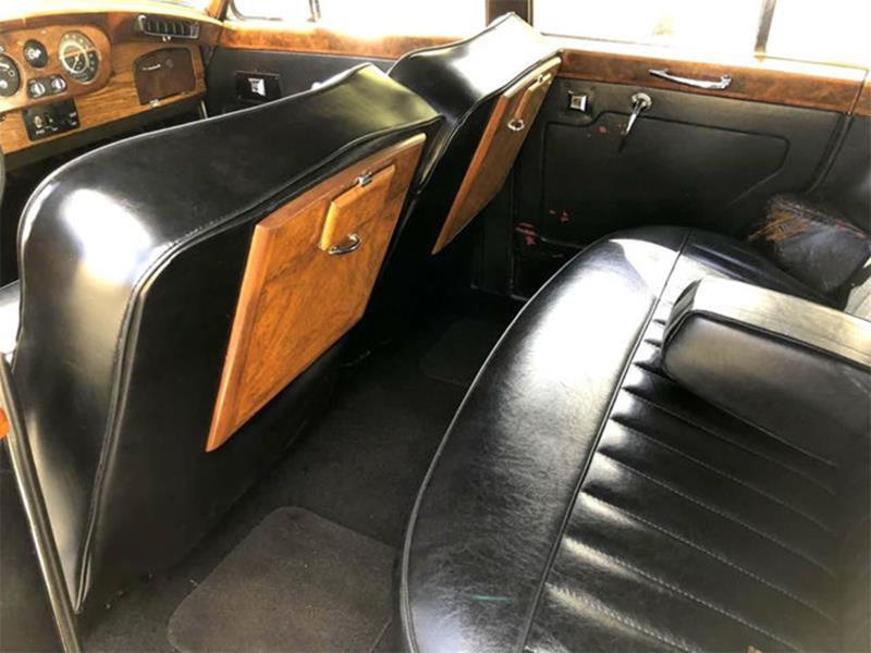 1961 Rolls-Royce SILVER CLOUD II LIMOUSINE 24
