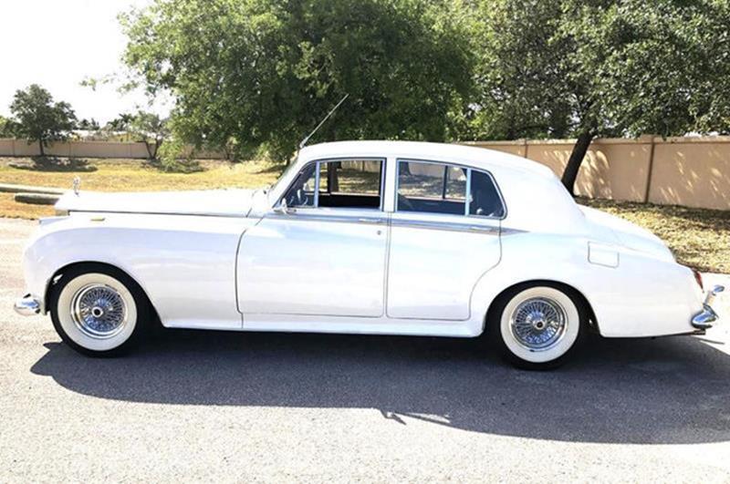 1961 Rolls-Royce SILVER CLOUD II LIMOUSINE 3