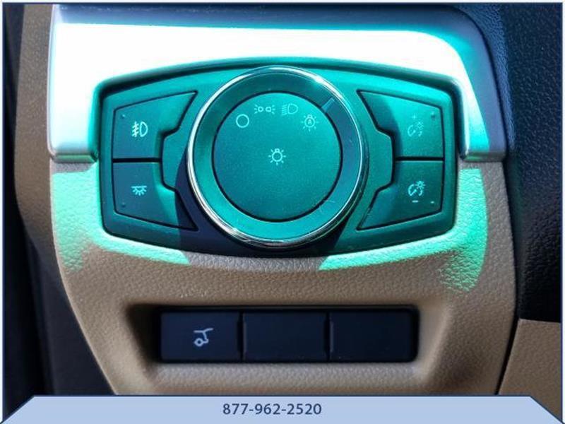 2016 Ford Explorer 15