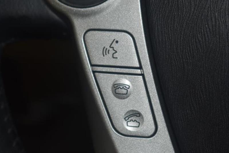 2010 Toyota Prius 23