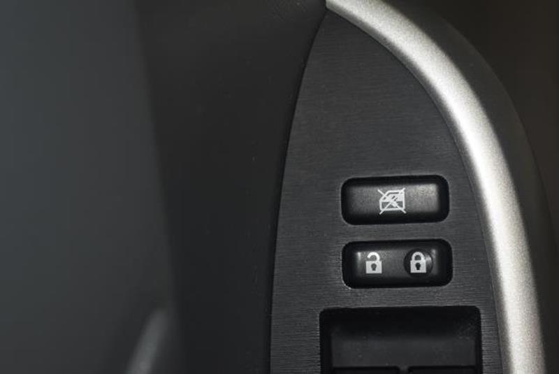 2010 Toyota Prius 16