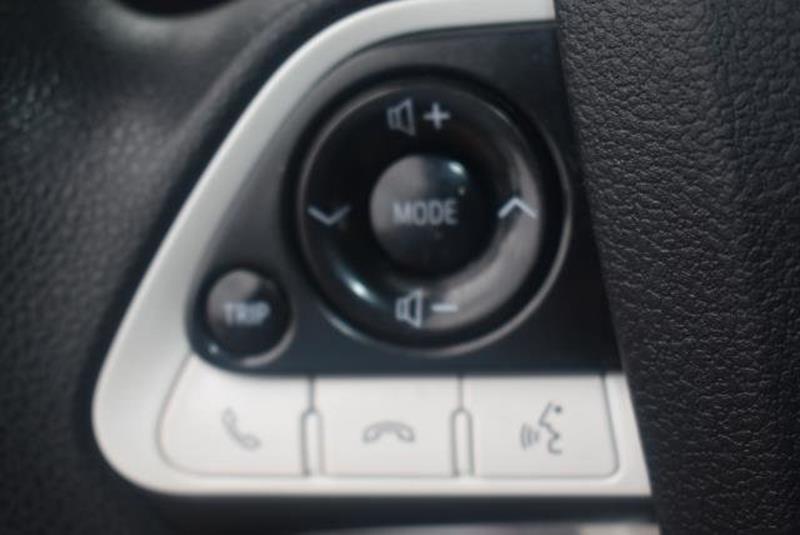 2018 Toyota Prius 14