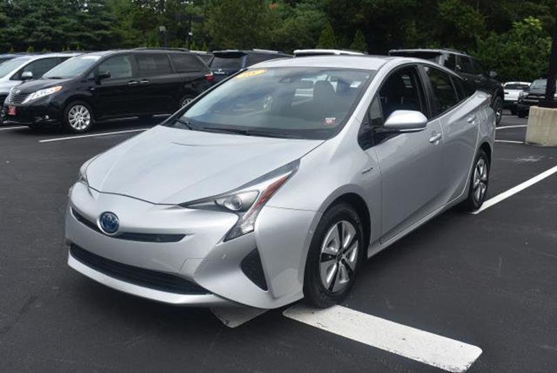 2018 Toyota Prius 3