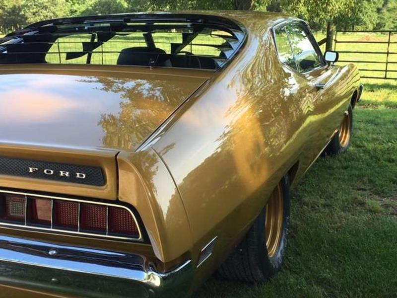 1970 Ford Torino 4