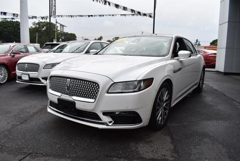 2017 Lincoln Continental 16
