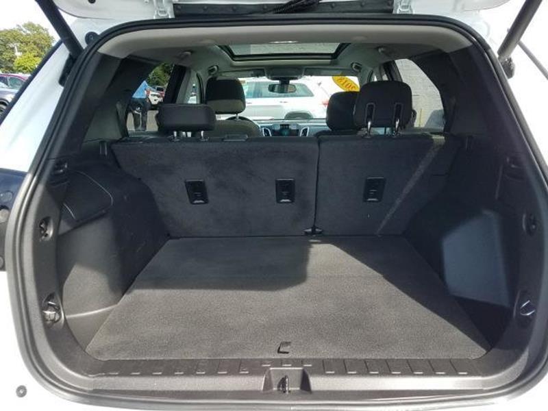 2018 Chevrolet Equinox 11