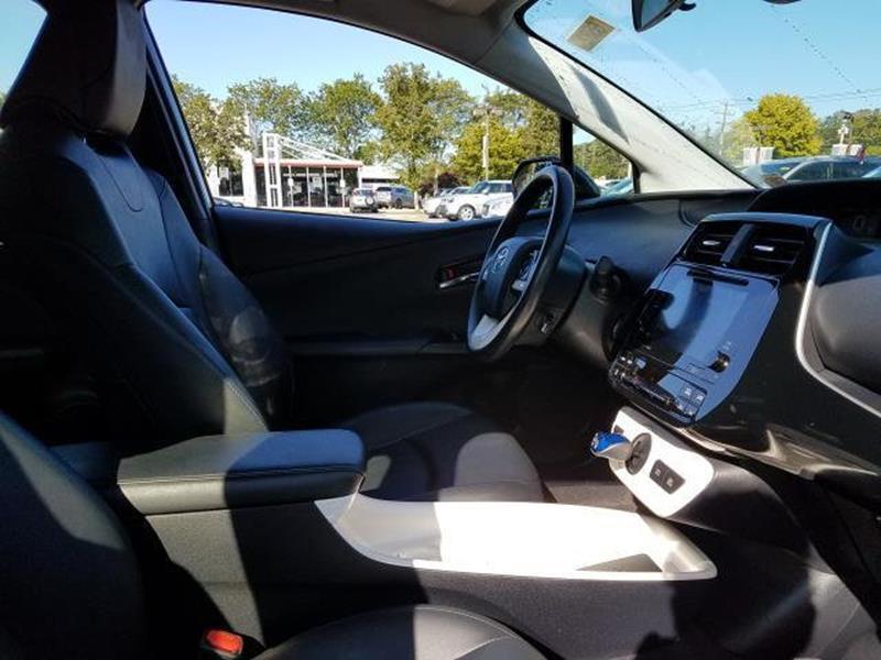 2016 Toyota Prius 30
