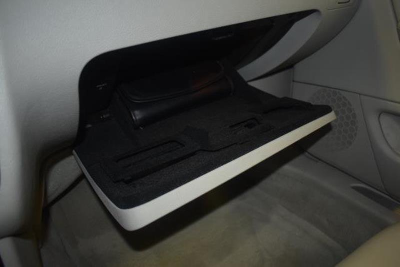 2010 Cadillac DTS 7