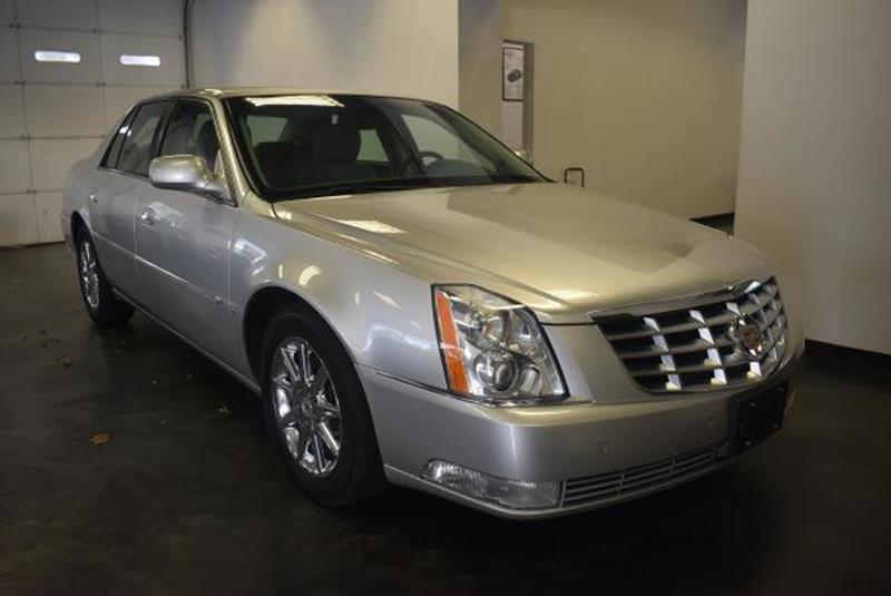 2010 Cadillac DTS 13