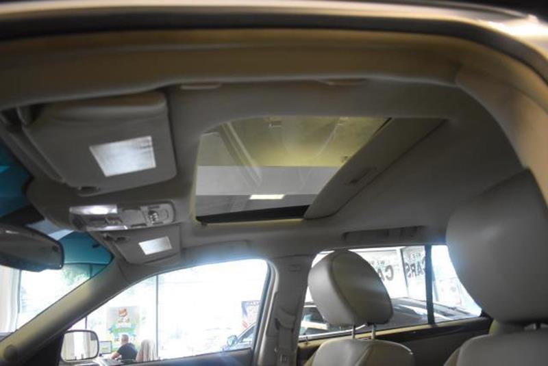 2010 Cadillac DTS 25