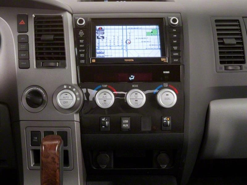 2010 Toyota Tundra 11