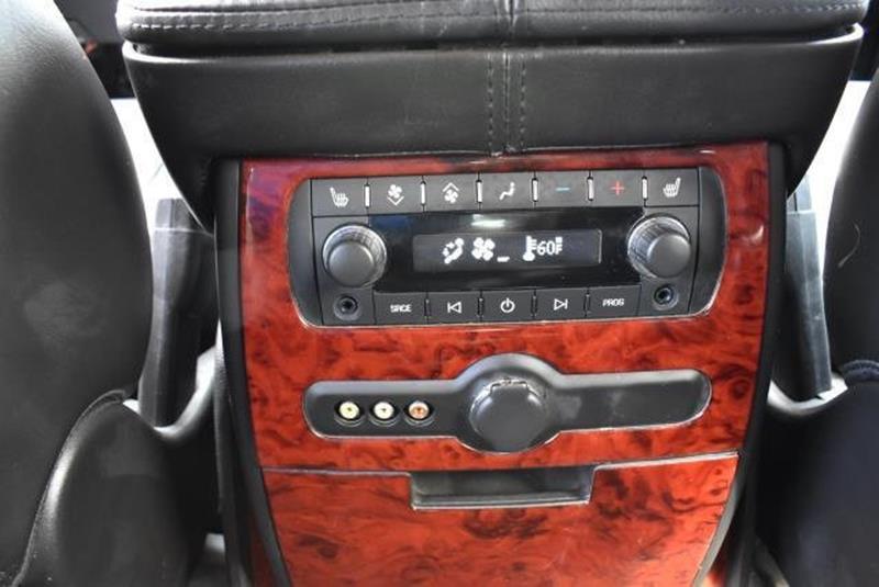 2007 Cadillac Escalade 12
