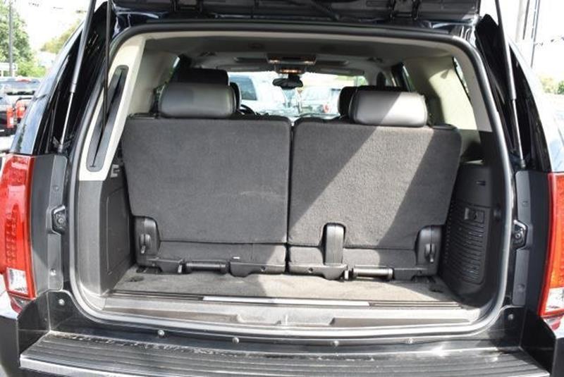 2007 Cadillac Escalade 6