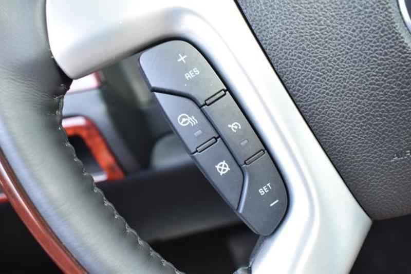 2007 Cadillac Escalade 19