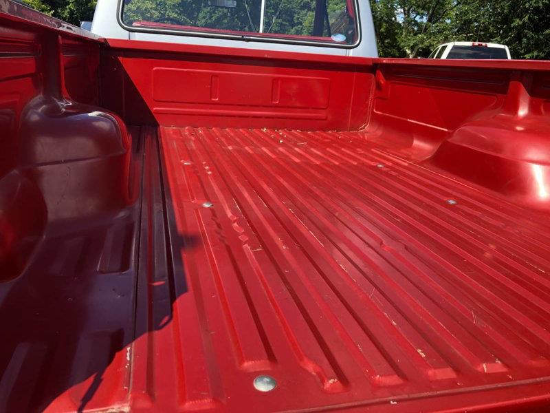 1984 Ford F-150 8