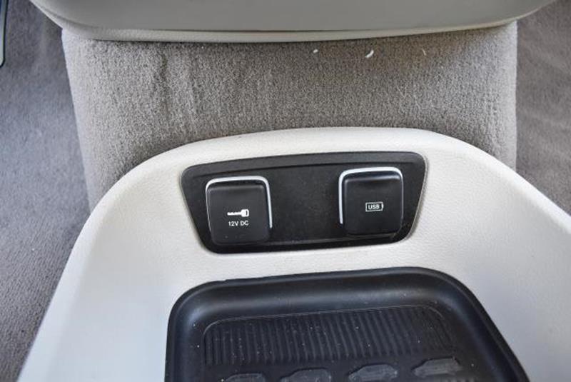 2017 Chrysler Pacifica 19